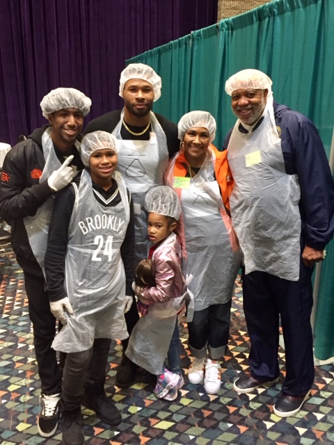 Hosea Williams feed the hungry dinner